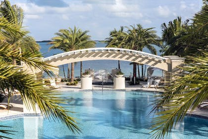 Outdoor Pool | Playa Largo Resort & Spa, Autograph Collection