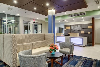 Lobby | Holiday Inn Express & Suites Galesburg