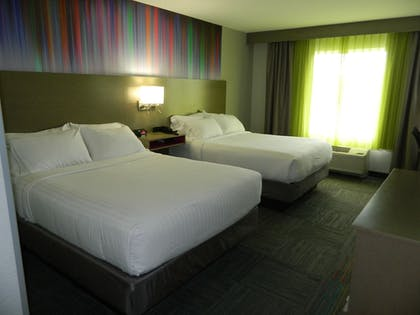 Guestroom | Holiday Inn Express & Suites Shippensburg