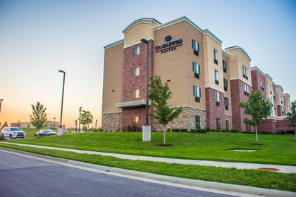 Exterior | Candlewood Suites Overland Park
