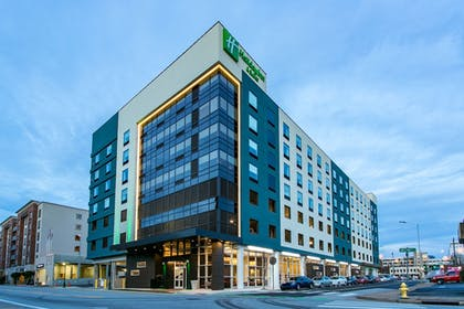 Exterior | Holiday Inn Hotel & Suites Chattanooga Downtown