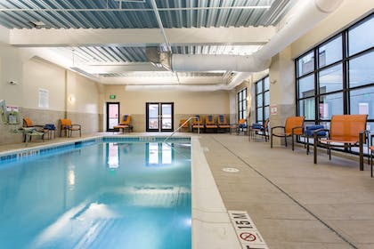 Pool | Holiday Inn Hotel & Suites Chattanooga Downtown