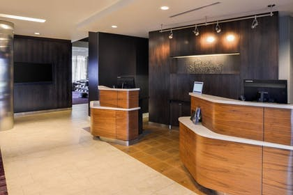 Interior | Courtyard by Marriott Columbus Grove City