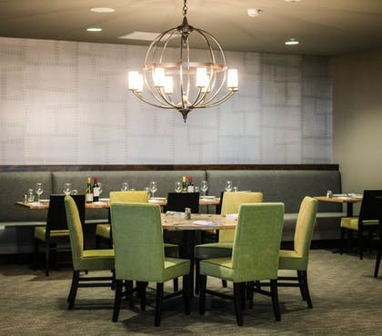 Restaurant | Hotel Indigo Traverse City