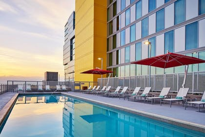 Pool | Springhill Suites San Diego Downtown/Bayfront