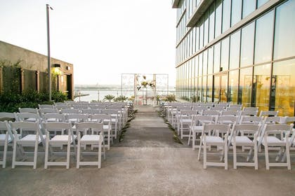 Outdoor Wedding Area | Springhill Suites San Diego Downtown/Bayfront