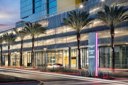 Exterior | Springhill Suites San Diego Downtown/Bayfront