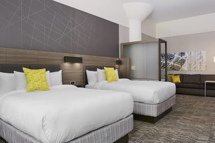 Guestroom | SpringHill Suites by Marriott Milwaukee Downtown