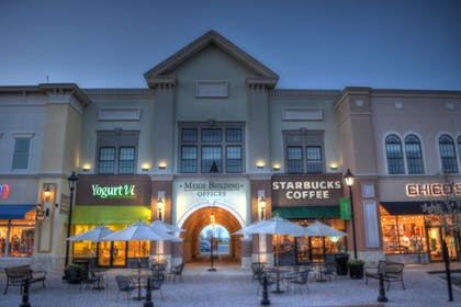 Point of Interest | Holiday Inn Express & Suites Toledo South - Perrysburg
