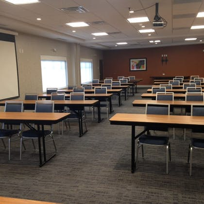 Meeting Facility | Holiday Inn Express & Suites Toledo South - Perrysburg