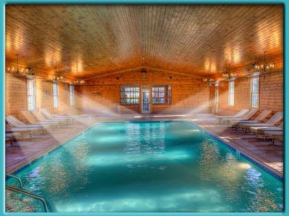 Indoor Pool | Stroudsmoor Country Inn