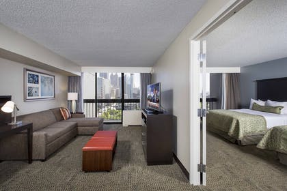 Guestroom | Staybridge Suites Atlanta - Midtown