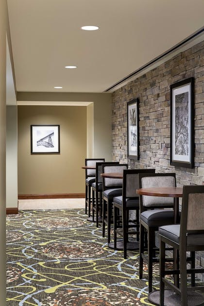 Restaurant | Staybridge Suites Atlanta - Midtown