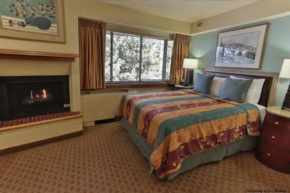 | Studio, 1 Queen Bed with Sofabed | Tahoe Seasons Resort by Diamond Resorts