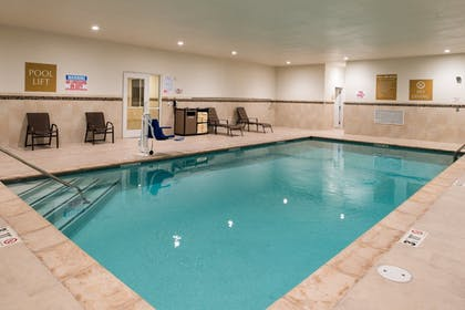 Pool | Candlewood Suites Carlsbad South