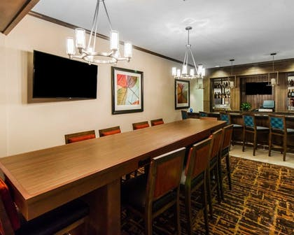 Hotel Bar | MainStay Suites Event Center
