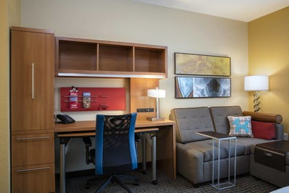 Guestroom   TownePlace Suites Orlando at FLAMINGO CROSSINGS® Town Center/Western E
