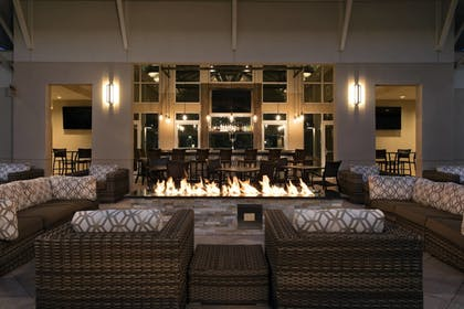 Restaurant   TownePlace Suites Orlando at FLAMINGO CROSSINGS® Town Center/Western E