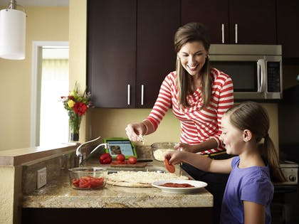 In-Room Kitchen   TownePlace Suites Orlando at FLAMINGO CROSSINGS® Town Center/Western E