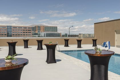 Outdoor Pool | Hyatt Regency Aurora-Denver Conference Center