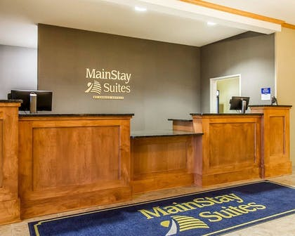 Lobby | MainStay Suites Stanley