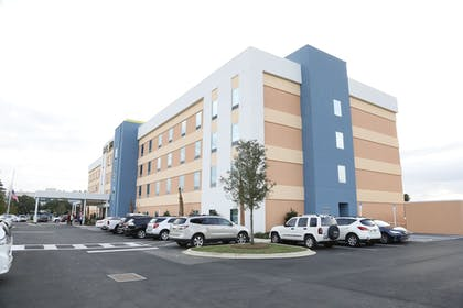 Hotel Front | Home2 Suites by Hilton Tallahassee State Capitol