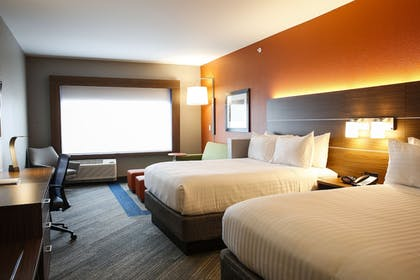 Guestroom | Holiday Inn Express & Suites Louisville Downtown