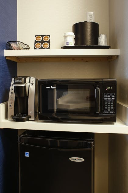 In-Room Kitchenette | Holiday Inn Express & Suites Louisville Downtown