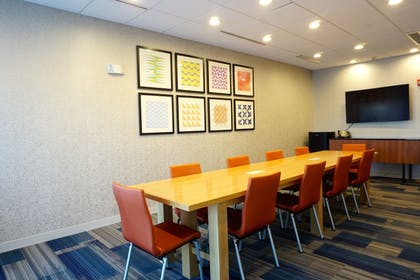 Meeting Facility | Holiday Inn Express & Suites Omaha - Millard Area