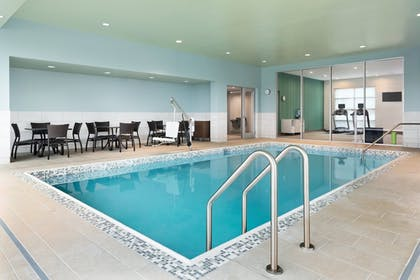 Pool | Holiday Inn Express & Suites Duluth North - Miller Hill