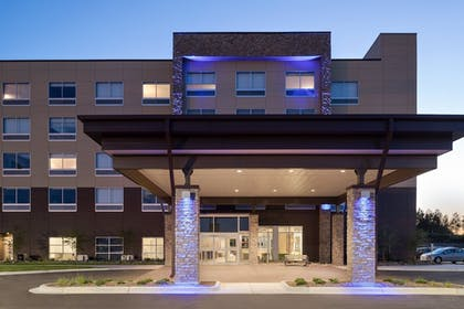 Exterior | Holiday Inn Express & Suites Duluth North - Miller Hill