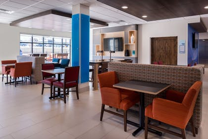 Restaurant | Holiday Inn Express & Suites Fort Worth West