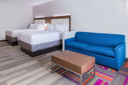 Guestroom | Holiday Inn Express & Suites Fort Worth West