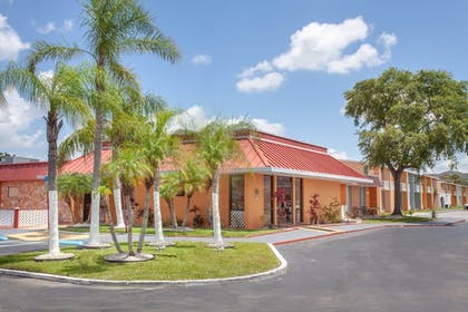 Featured Image | Travelodge by Wyndham Kissimmee East