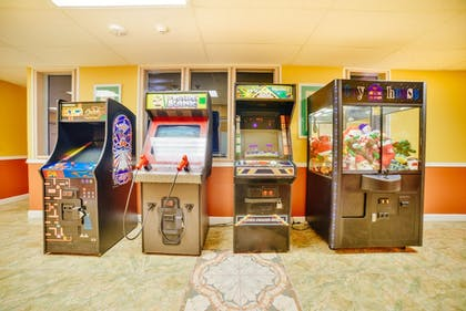 Arcade | Travelodge by Wyndham Kissimmee East