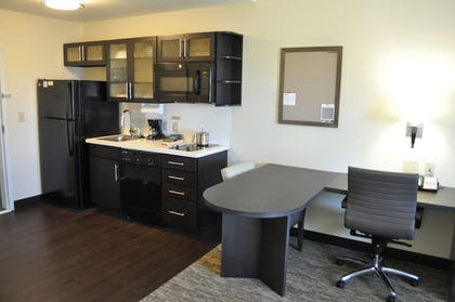 Living Area   Candlewood Suites Bay City