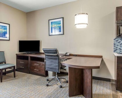Room | Mainstay Suites