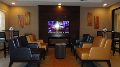 Lobby Sitting Area | Mainstay Suites