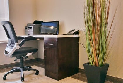 Business Center | Mainstay Suites