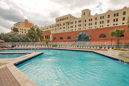 Featured Image   Design Suites Hollywood Beach Resort