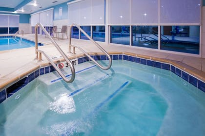 Pool | Holiday Inn Express & Suites Des Moines Downtown