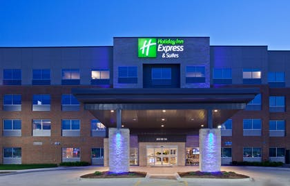 Featured Image | Holiday Inn Express & Suites Des Moines Downtown
