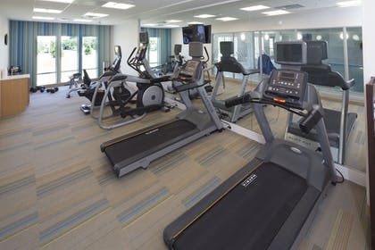 Fitness Facility | Holiday Inn Express & Suites Alpena - Downtown