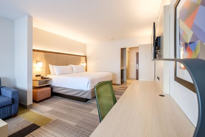 Guestroom | Holiday Inn Express & Suites Eagan - Minneapolis Area