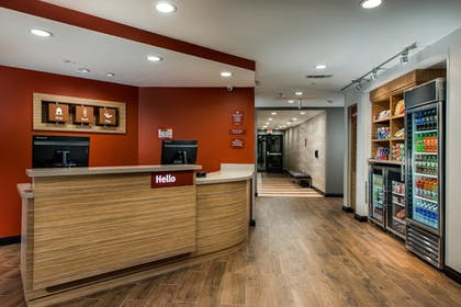 Lobby | TownePlace Suites by Marriott Waco South