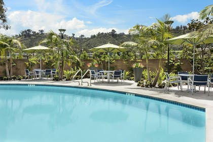 Outdoor Pool | Springhill Suites San Diego Mission Valley