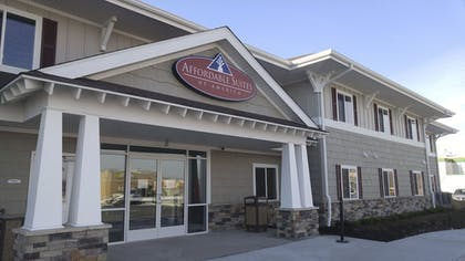 Featured Image | Affordable Suites of America Portage
