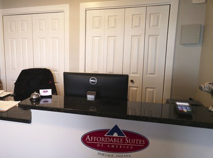 Reception | Affordable Suites of America Portage