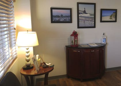 Lobby | Affordable Suites of America Portage