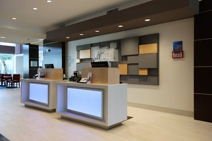 Lobby | Holiday Inn Express & Suites Houston NW - Hwy 290 Cypress